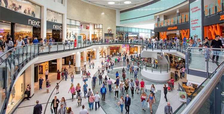 Sanificazione dei centri commerciali a Milano: cosa è bene valutare